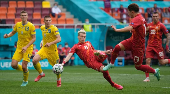 """Ukraine - Bắc Macedonia 2-1: """"2 Yar"""" lại nổ súng, 2 quả penalty kịch tính và Pandev thua tiếc nuối ảnh 2"""