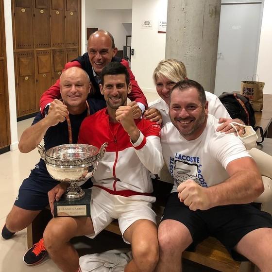 Djokovic xác nhận sẽ đại diện cho màu áo Serbia ở đấu trường Olympic