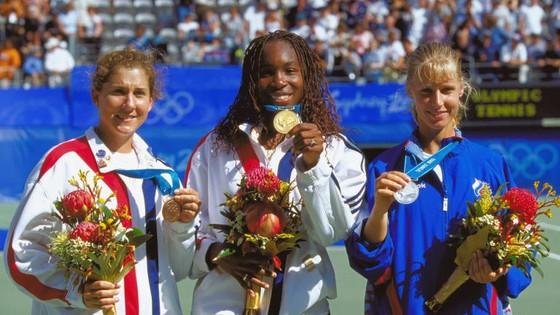 Naomi Osaka, Ashleigh Barty và Aryna Sabalenka - ai sẽ là tay vợt thứ 9 giành HCV đơn nữ quần vợt? ảnh 4