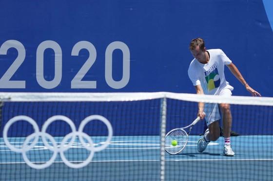 """Ngày mai, Novak Djokovic xung trận săn """"Golden Slam"""" còn Medvedev đấu Bublik ảnh 4"""