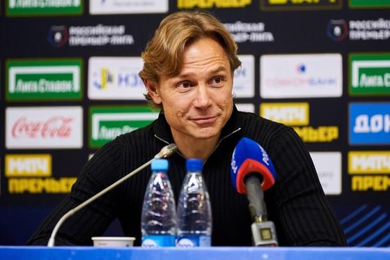 Valeri Karpin