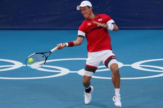 Novak Djokovic đấu Kei Nishikori ở tứ kết, Daniil Medvedev hỏi khó trọng tài, chỉ trích cả phóng viên ảnh 1