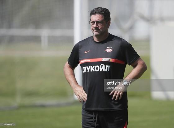 """Spartak Moscow thua """"toàn tập"""" Benfica 0-4: Sự khác biệt giữa 2… """"thiên hà"""" ảnh 2"""