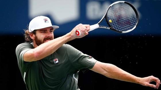 Canadian Open - Toronto Masters: Stefanos Tsitsipas đập vợt vì bị loại, Daniil Medvedev chiến Reilly Opelka ở CK ảnh 1