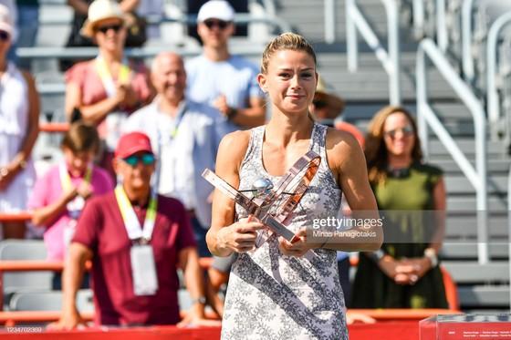 Daniil Medvedev và Camila Giorgi vô địch Canadian Open, Roger Federer lại phẫu thuật đầu gối ảnh 2