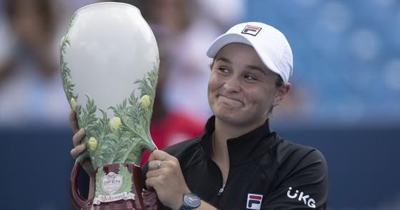 Cincinnati Masters (Western & Southern Open): AZ giành danh hiệu lớn thứ 2 liên tiếp, AB cũng giành danh hiệu thứ 5 trong mùa ảnh 1