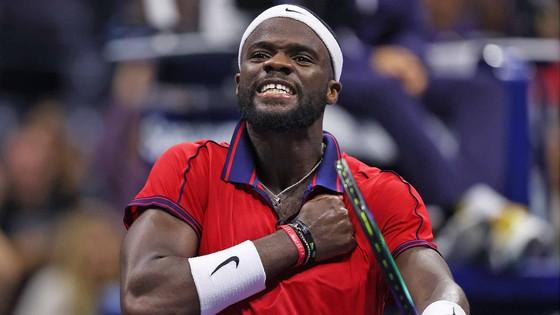 US Open: Tay vợt 18 tuổi chấm dứt sự hiện diện gây tranh cãi của Stefanos Tsitsipas ảnh 3