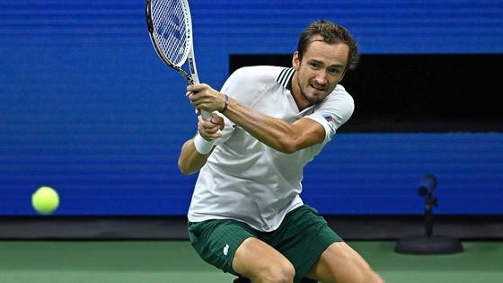US Open: Gã trai 18 tuổi Carlos Alcaraz tiếp tục gây náo nhiệt ở New York ảnh 3