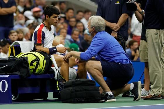 US Open: Gã trai 18 tuổi chấm dứt phiêu lưu, Daniil Medvedev đấu Felix Auger-Aliassime ở bán kết ảnh 1