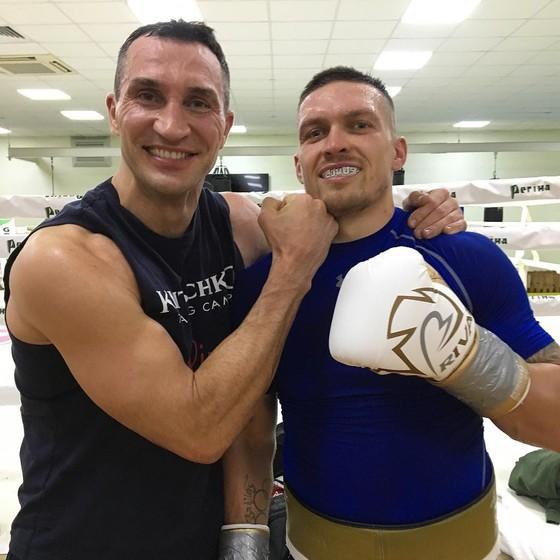 """Anthony Joshua vs Oleksandr Usyk: Quân tử chờ quân tử - AJ """"cơ bắp"""" cũng để ý Usyk từ lâu ảnh 3"""