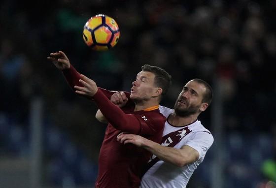 Serie A, vòng 9: Napoli, Inter tranh ngôi bá chủ ảnh 1