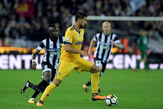 Juventus đè bẹp Udinese 6-2 dù chỉ còn 10 người ảnh 1