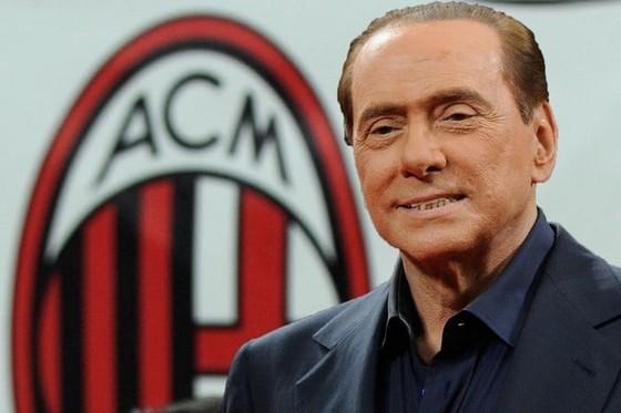 Silvio Berlusco vẫn là một fan trung thành của Milan. Ảnh: ANSA