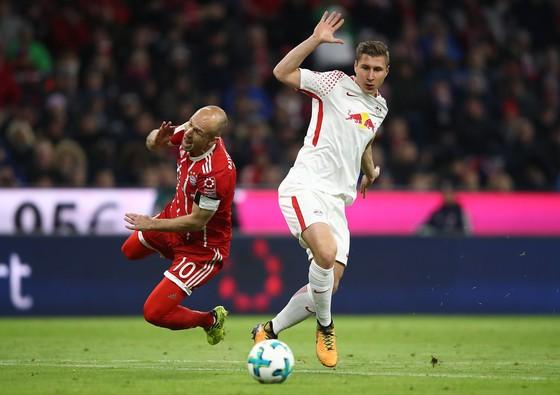 Bundesliga, Vòng 10: Thắng Leipzig, Bayern độc chiếm ngôi đầu bảng ảnh 1