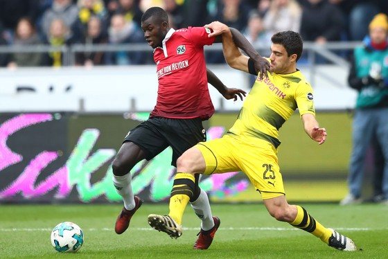 Bundesliga, Vòng 10: Thắng Leipzig, Bayern độc chiếm ngôi đầu bảng ảnh 2