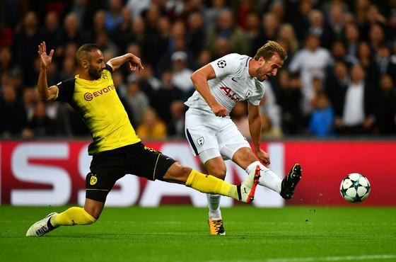 Harry Kane (phải, Tottenham) có thể sẽ được dưỡng sức trận lượt về ở Dortmund. Ảnh: Getty Images.