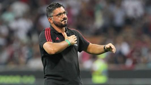 Serie A: Gattuso quyết chơi 3-4-3, Bonucci làm thủ quân ảnh 2