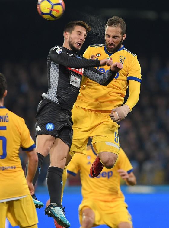 Serie A: Higuain kết liễu chuỗi bất bại của Napoli ảnh 1