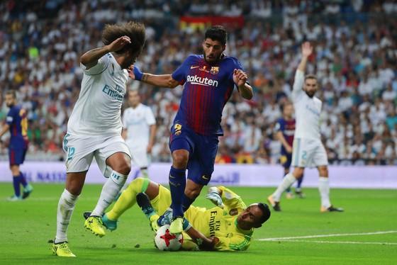 Siêu kinh điển Real – Barca: Giáng sinh hạnh phúc cho Messi ảnh 2