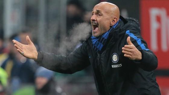 Inter không có tiền mua Mkhitaryan hay Pastore ảnh 1