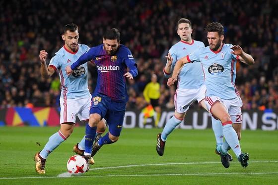 Bật mí Bản hợp đồng thế kỷ giúp Messi kiếm 100 triệu Euro mỗi năm ảnh 1