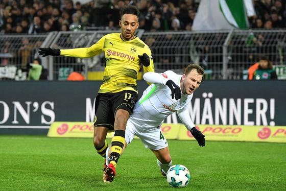 """Dortmund lại đóng băng Aubameyang vì """"đi đêm"""" với Arsenal ảnh 1"""