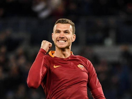 Edin Dzeko sẽ tìm thấy niềm vui ở Chelsea. Ành: Getty Images