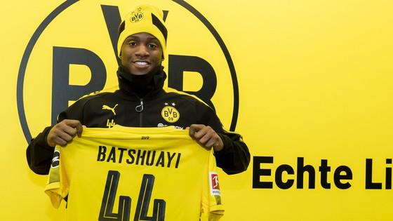 Chelsea muốn Batshuayi thành cỗ máy ghi bàn ở Dortmund ảnh 1