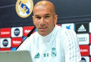 Zinedine Zidane trong cuộc họp báo trận Getafe.