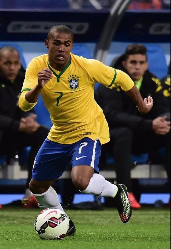 Thiếu Neymar, Brazil đương đầu Nga trong tuyết giá ảnh 2