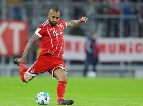 Vidal cần mổ đầu gối, bỏ lỡ trận đại chiến với Real Madrid