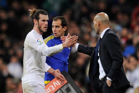 HLV Zinedine Zidane (Real Madrid) vẫn rất tin tưởng Gareth Bale.