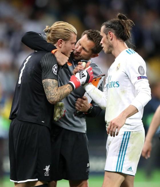 Tặng quà cho Real Madrid: Karius đã kết thúc ở Liverpool ảnh 4
