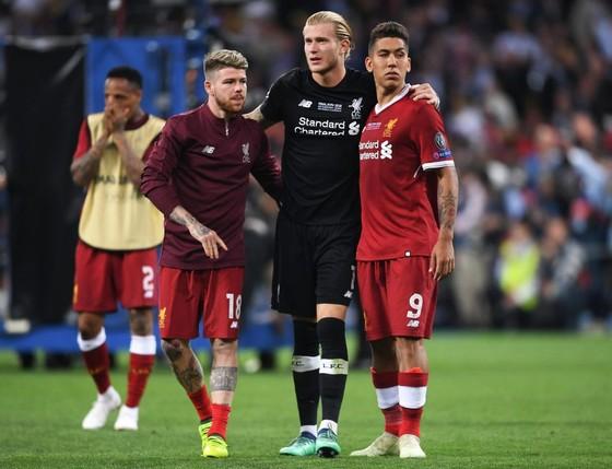 Tặng quà cho Real Madrid: Karius đã kết thúc ở Liverpool ảnh 5