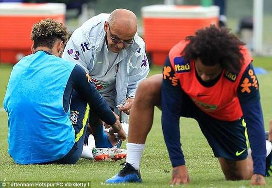 Báo động giả, Neymar không tái phát chấn thương mà sẵn sàng gặp Croatia ảnh 1