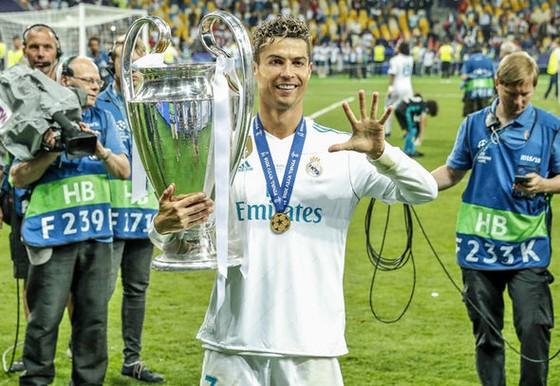 Sốc khi Ronaldo đòi nâng lương 75 triệu Euro/năm để ở lại Real Madrid ảnh 1