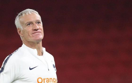 Didier Deschamps thử nghiệm 3-5-2