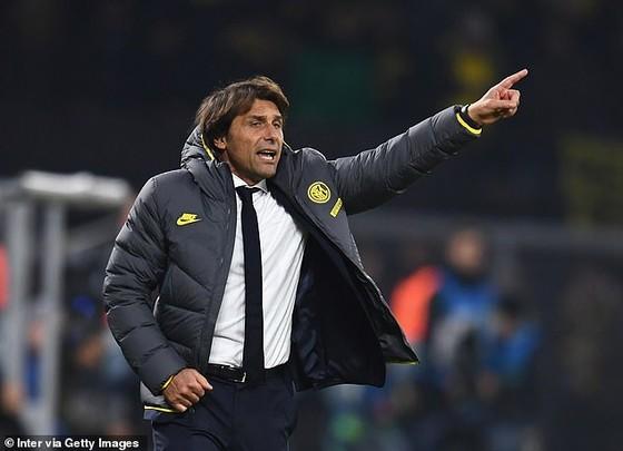 Inter Milan mang dấu ấn Premier League