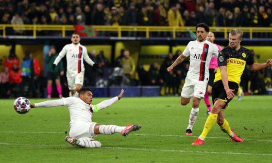 Chỉ trích Neymar, Tuchel lại thấy tương lai bấp bênh ảnh 1