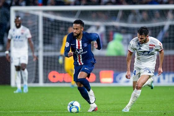 Ligue 1 sẽ đá lại vào giữa tháng 6?