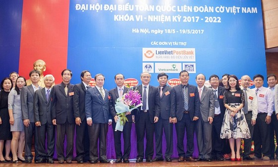 Phó Thống đốc ngân hàng Nhà nước Nguyễn Đồng Tiến làm chủ tịch Liên đoàn cờ ảnh 1