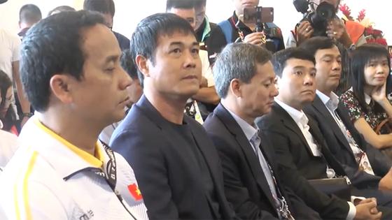 Bộ trưởng Nguyễn Ngọc Thiện động viên đoàn thể thao Việt Nam tại Malaysia ảnh 3