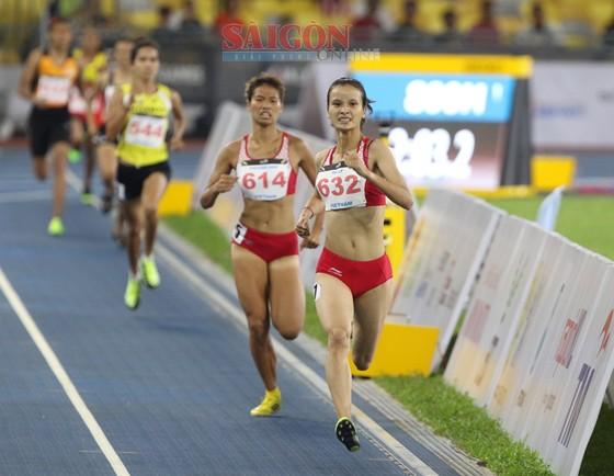 Lê Tú Chinh giành HCV 200m và lập kỷ lục SEA Games ảnh 3
