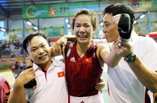 Lừu Thị Duyên là một trong những VĐV boxing nữ rất máu nghề. Ảnh: DŨNG PHƯƠNG