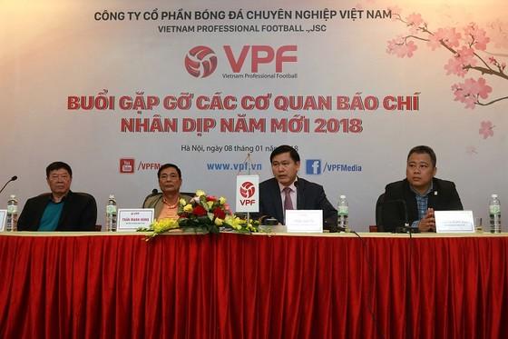 VPF đang thương thảo tìm nhà tài trợ mới cho V-League 2018 ảnh 1