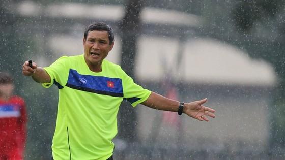 HLV Mai Đức Chung đánh giá cao thành tích của U23 Việt Nam dù chúng ta chỉ xếp hạng nhì giải U23 châu Á 2018. Ảnh: MINH HOÀNG