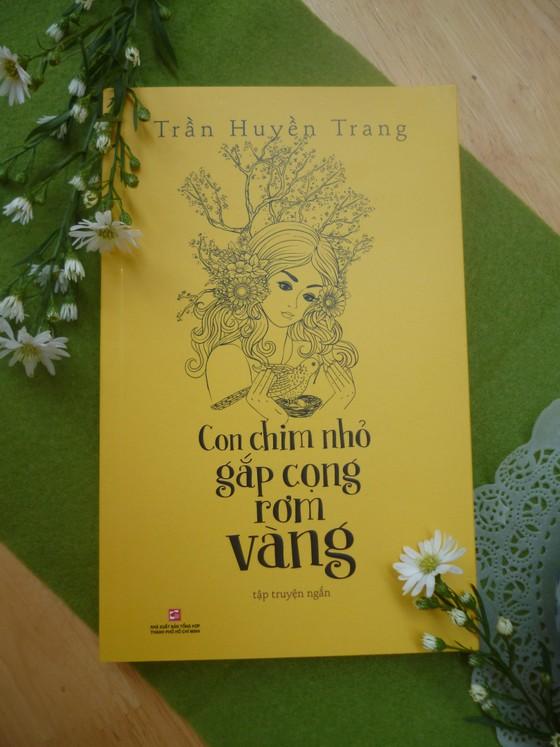Thế giới phụ nữ dịu dàng trong 'Con chim nhỏ gắp cọng rơm vàng'  ảnh 1