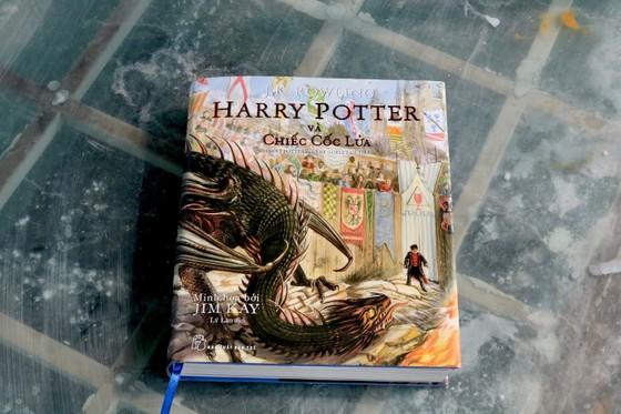 Ra mắt 'Harry Potter và chiếc cốc lửa' phiên bản in màu ảnh 1