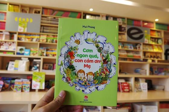 Cuốn sách giúp các bé yêu thích việc ăn uống  ảnh 1