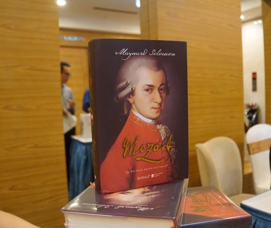 Tái hiện cuộc đời thăng trầm của thiên tài âm nhạc Mozart  ảnh 1